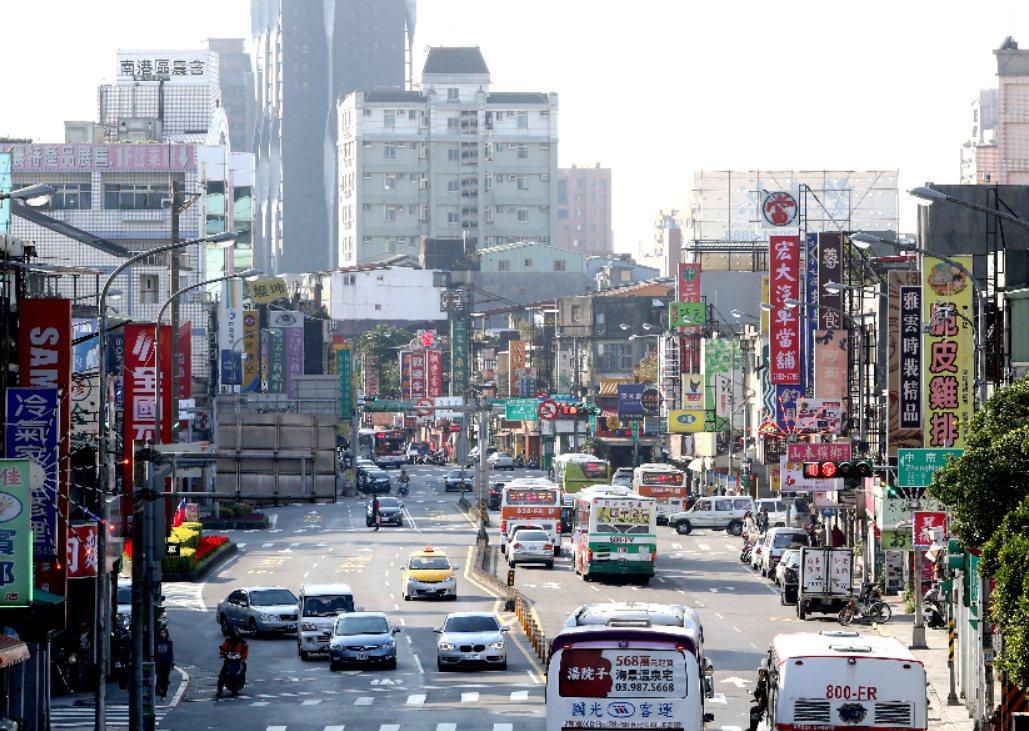 徐一鳴認為,不妨把日本當成一面鏡子,在各國政府仍持續瘋狂印鈔的QE年代,擁有一間...