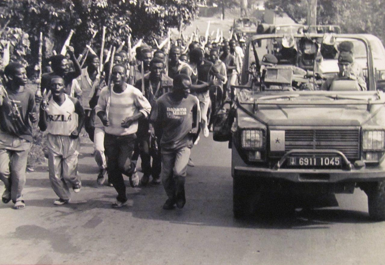民兵組織聯攻隊。圖/取自anafricansummer2011