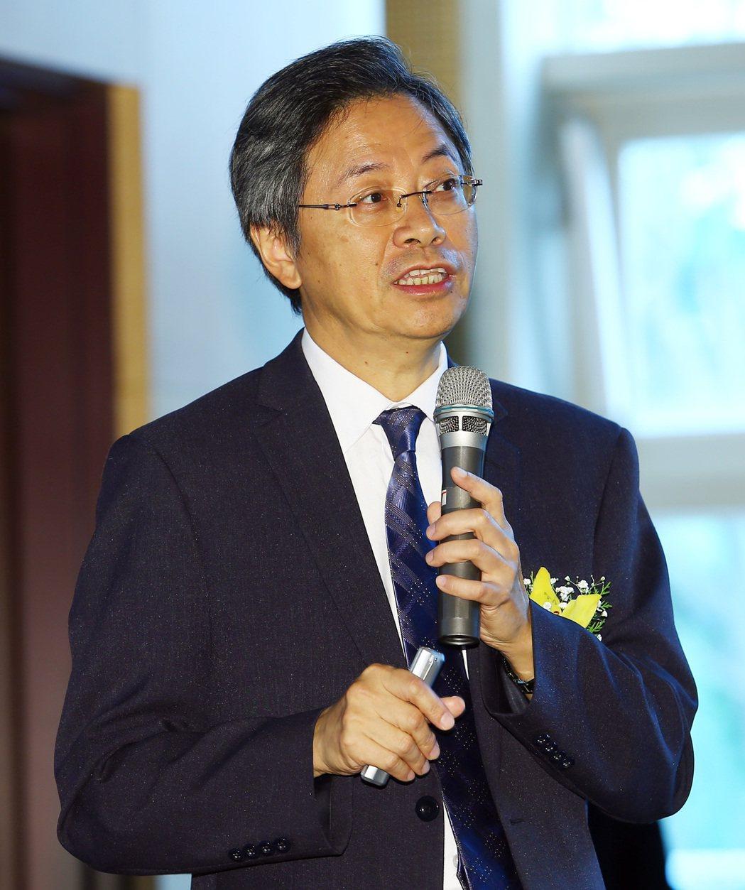行政院前院長張善政以「大數據的推動策略」為題發表演說。記者杜建重/攝影