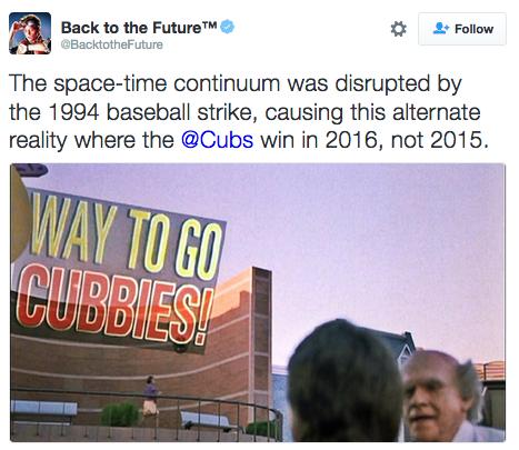 電影「回到未來」預言小熊封王與現實相差1年,官方推特提出解釋。 圖/截自Back to the Future推特