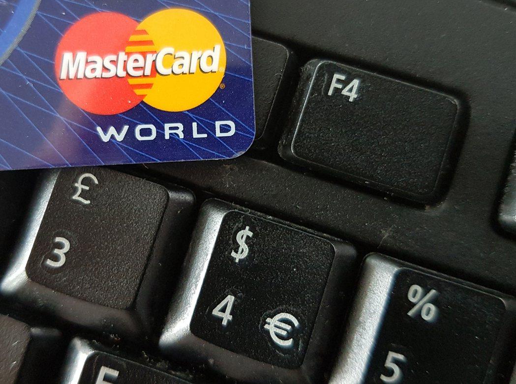 信用卡業者鼓勵網購業者提供發卡機構更詳細的客戶資訊,便於偵測盜刷情事。圖/歐新社