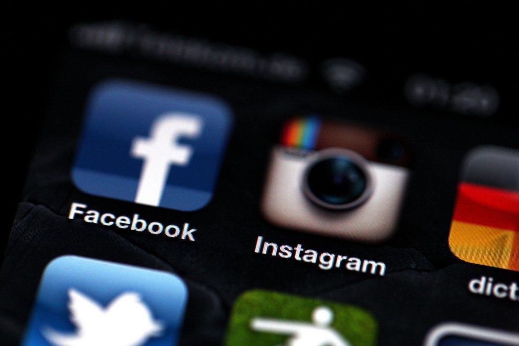 Facebook推出更新版粉絲專頁「訊息(收件匣)」功能,讓企業與品牌可以一次連...
