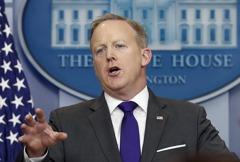 白宮發言人史派瑟作風嗆辣 川普後悔找他
