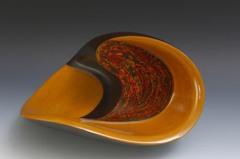 家具漆工變藝術家 他的「波響」獲國際殊榮