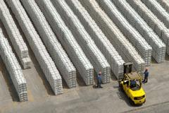 貨運業納彈性工時 物流業:更操!