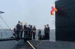 蔡總統登潛艦 馬英九陳水扁也曾登艦打氣