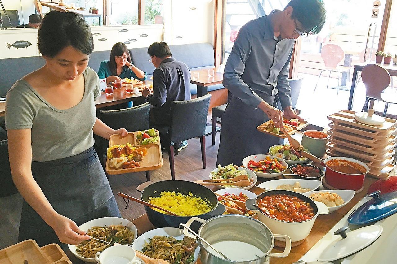 中市推社區共食 剩菜變天菜