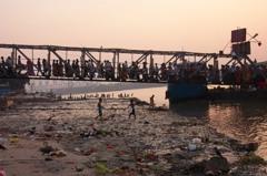 印度汙染嚴重 法官賦恆河擁「人權」