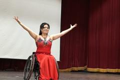 輪椅上的天使 她用生命舞向國際