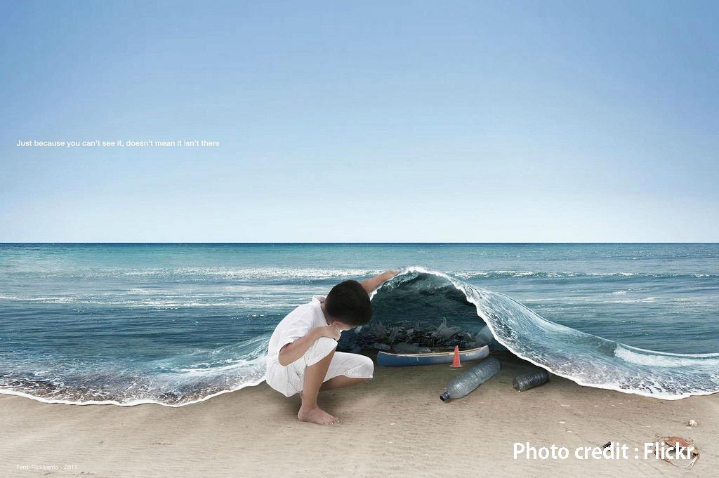 這款「塑膠袋」不只放在水裡1天就能分解 它還可以拿來食用!