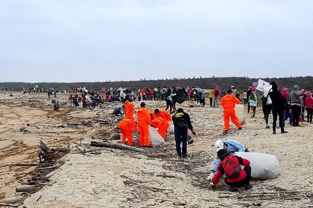 澎湖海漂垃圾驚人 淨灘清理近35公噸