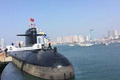 大陸首艘核潛艇 用玩具當模型