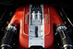 Ferrari V12引擎 會繼續自然進氣下去!