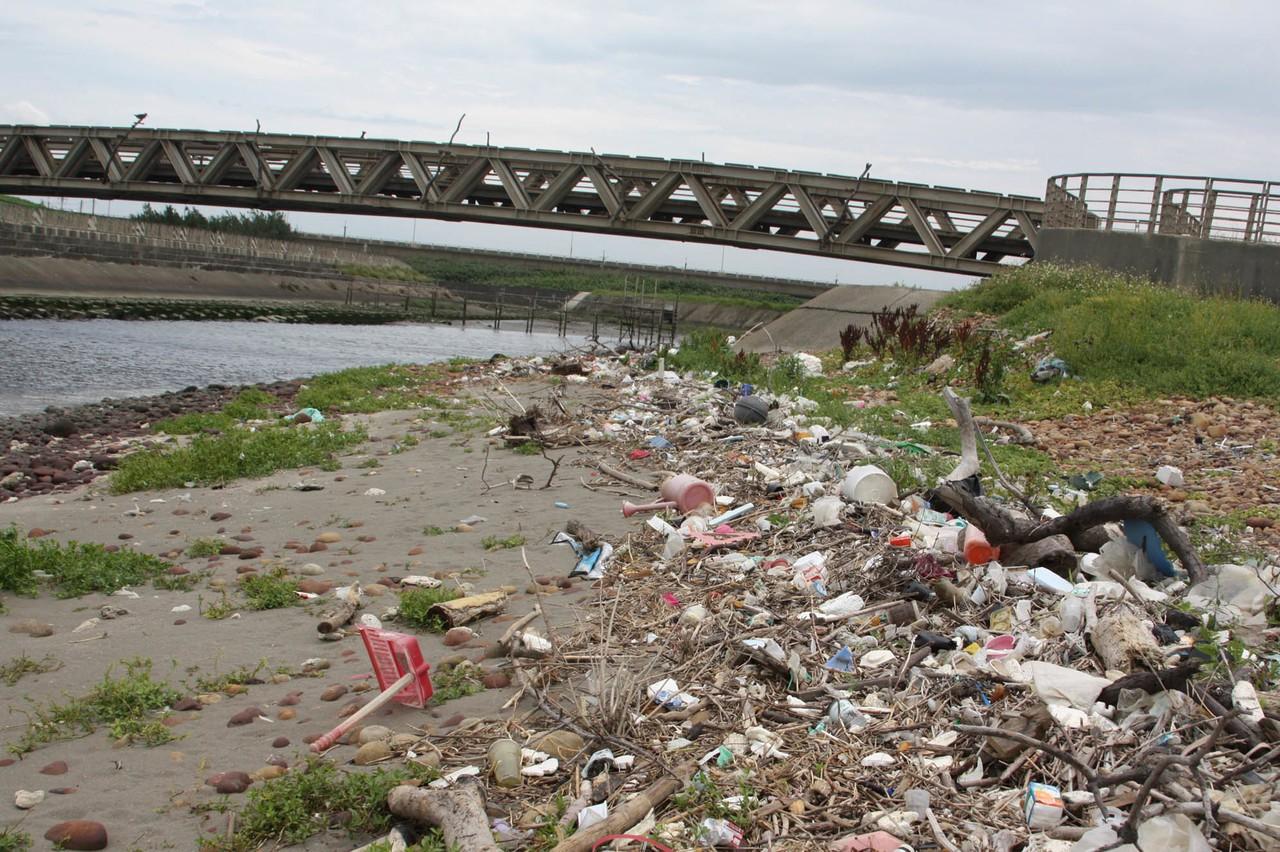 洋流帶來垃圾爆增 桃園沿海成海洋垃圾重災區