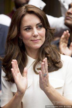 凱特王妃「求人」竟被拒絕 換了穿搭風格好俏皮