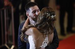 足球/梅西婚禮影片曝光 笨拙舞姿令人發噱