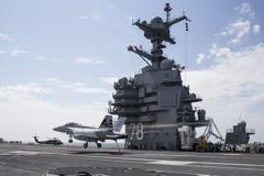 美全新航艦福特號 首次演練戰機起降