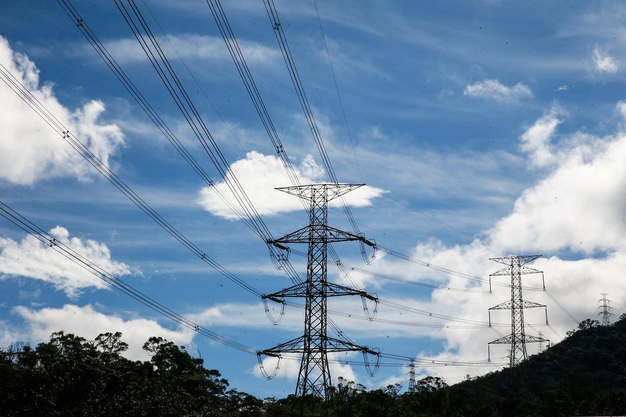 限電紅燈在即 台電向用電大戶買電加碼兩成