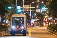 無人小巴公車道實測 台北市:狀況順利