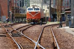 台鐵電力人員危險津貼降級 9月15日未回應將「斷電」