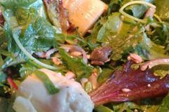 吃沙拉吃到青蛙 帶回家還養活牠
