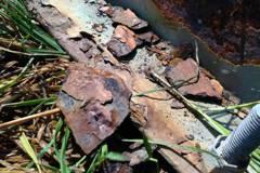 雲林電塔生鏽嚴重 竟用木材支撐應急