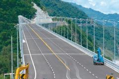 金崙高架橋將通車 商家憂沒生意