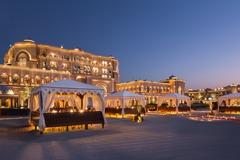 阿布達比羅浮宮11/11開幕 還有「24K黃金飯店」!