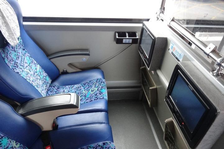 增繫安全帶意願 國光客運新車用三點式安全帶