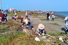 國際淨灘日/雲林、台南千人淨灘 清出數噸垃圾