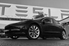 Tesla大舉擴張 佛利蒙租兩棟樓