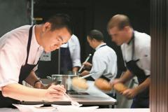 新加坡業者:江振誠返台 有助台灣美食產業