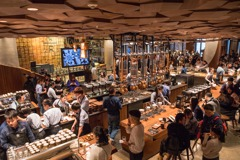 星巴克全球最大店落腳上海 台中8日將開摩登門市