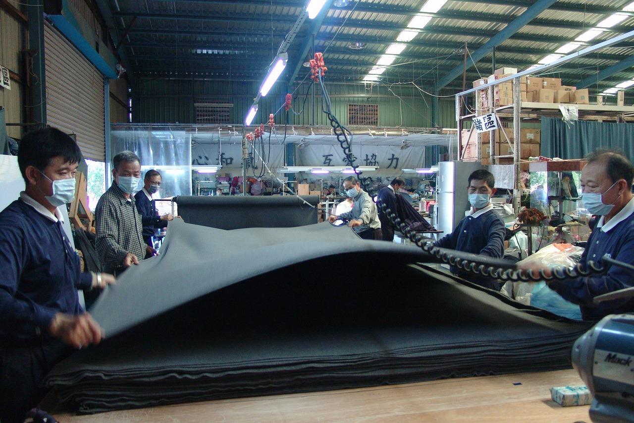 來自台灣的賑災毛毯 溫暖五大洲百萬人