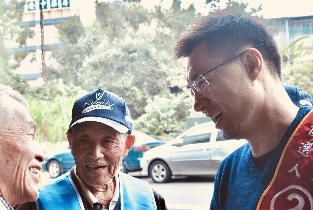 中市長民調揭曉後首發臉書 江啟臣悼102歲鄰長有感觸