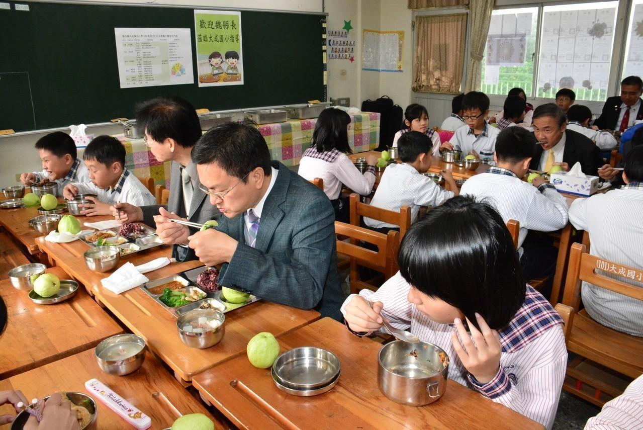 不排富了! 彰化全面恢復國中小學童免費營養午餐
