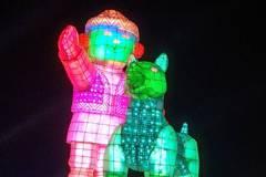 影/搶先看! 台灣燈會主燈「忠義天成」試燈