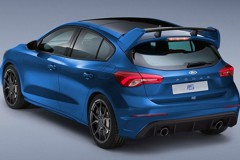2020 Ford Focus RS素人合成圖!RS旅行車也來一張吧