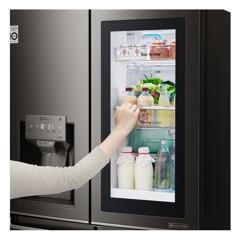 LG InstaView門中門冰箱今年將登台
