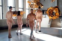 重磅廣播/ 裸體盛會:巴黎東京宮的全裸參觀,到底在看什麼展?