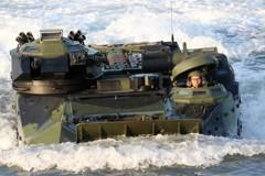 不只傘兵出意外 海陸士兵救生衣收納也受傷