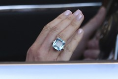 英王室感謝眾人觀看婚禮 哈利再送梅根超大海藍寶戒