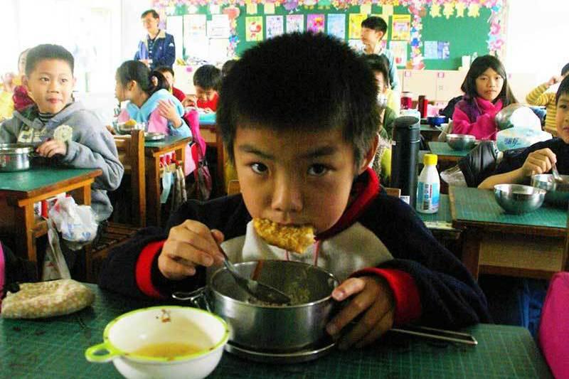 營養午餐黃金傳說 偏鄉國小每餐每人18元