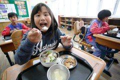 35元營養午餐 孩子究竟吃了什麼?