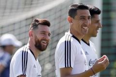 結婚紀念日對法國 梅西與阿根廷隊全隊削髮明志