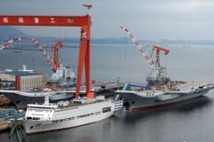 遼寧艦入塢 與大陸國產航艦雙艦合璧