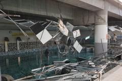 南港運動中心泳池天花板崩落 嚇傻50人