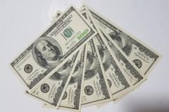 上半年美元保單已賣達去年7成業績 台幣貶影響到買氣
