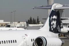 西雅圖機場飛機遭竊!軍機攔截後墜毀