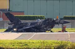 太扯!F-16戰機遭擊毀 竟然是自己人幹的
